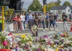 Avstralski senator Fraser Anning udaril mladeniča, ki mu je protestno razbil jajce na glavi
