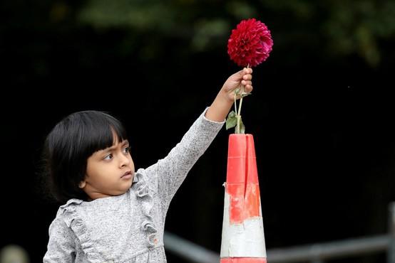 Pri premeščanju žrtev terorističnega napada v Christchurchu  našli še eno truplo
