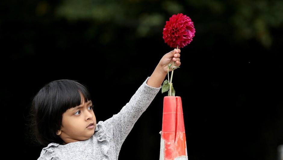 Pri premeščanju žrtev terorističnega napada v Christchurchu  našli še eno truplo (foto: profimedia)