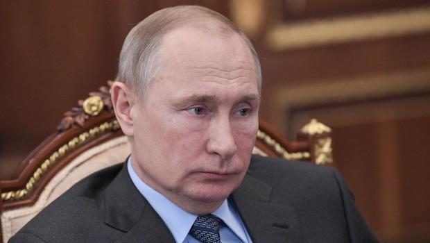 Putin podpisal sporna zakona o nespoštovanju oblasti in lažnih novicah (foto: profimedia)