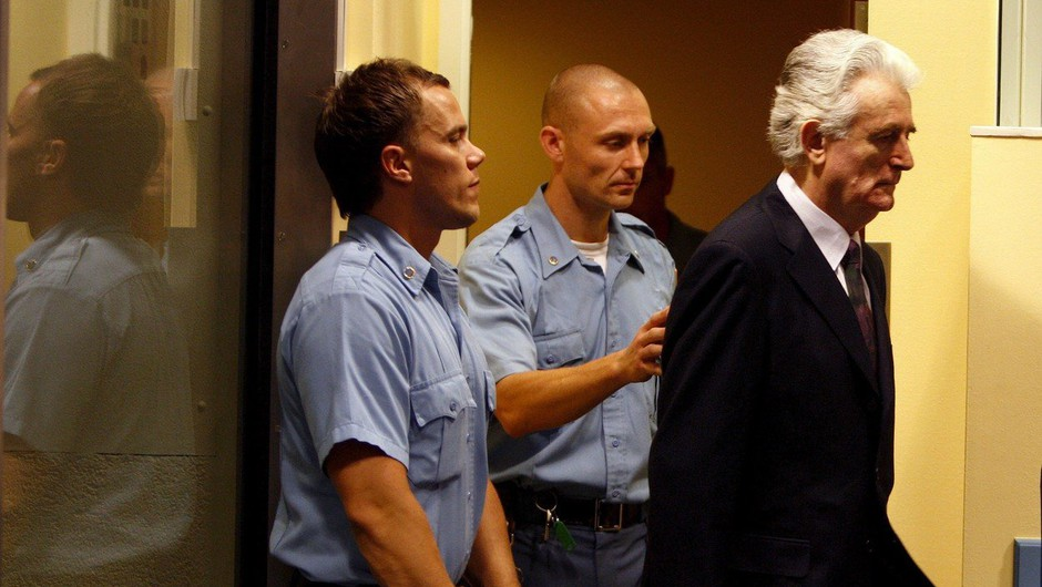 Karadžić v prizivnem postopku obsojen na dosmrtni zapor (foto: profimedia)