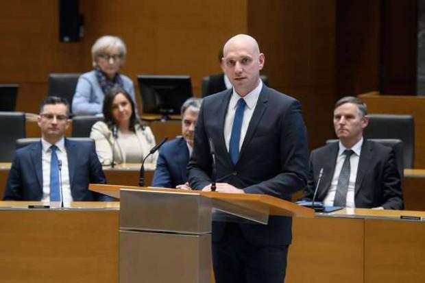 Novi okoljski minister Simon Zajc je proti frackingu in hidroelektrarni na Muri (foto: Nebojša Tejić/STA)