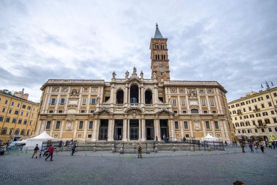 Žrtve spolnih zlorab duhovnikov iz ZDA z odškodninsko tožbo nad Vatikan