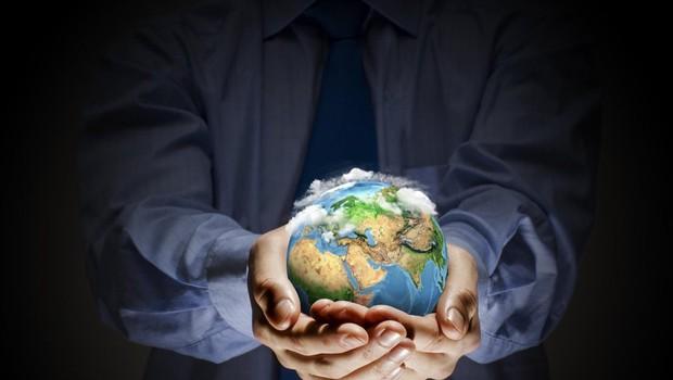 Letošnjo akcijo Ura za Zemljo je Svetovni sklad za naravo namenil plastiki (foto: profimedia)