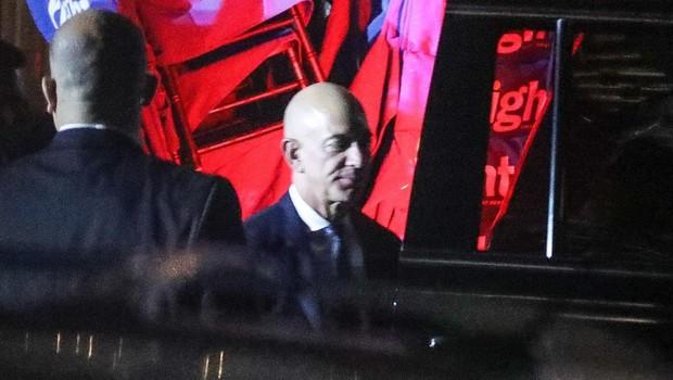 Najbogatejšemu Zemljanu Jeffu Bezosu naj bi vdrli v telefon po naročilu iz Saudove Arabije (foto: profimedia)