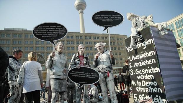Pomanjkanje najemniških stanovanj je v Berlinu spravilo množice protestnikov na ceste (foto: profimedia)