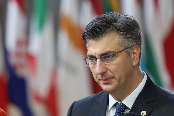 Hrvaška vlada zanika poskus vplivanja na slovenske medije
