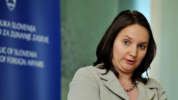 Knovs bo v povezavi s prisluškovanjem v arbitraži zaslišal Drenikovo (foto: STA)