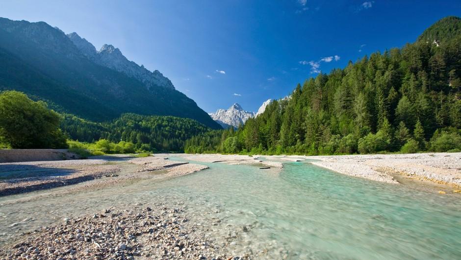 7 naravnih čudes Slovenije, ki jih lahko obiščite še to poletje (foto: profimedia)