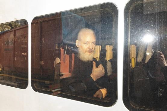 Švedska tožilka vložila uradno zahtevo za pridržanje Assangea