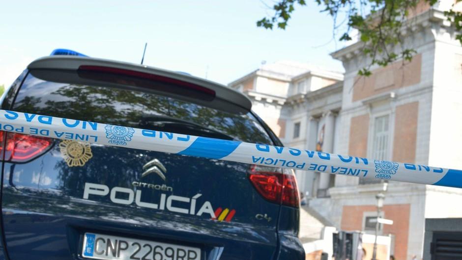 V Madridu zaradi lažne bombne grožnje evakuirali nebotičnik z veleposlaništvi (foto: profimedia)