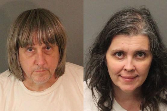 Starša, ki sta 12 lastnih otrok, trpinčila in zadrževala v ujetništvu, obsojena na dosmrtno ječo