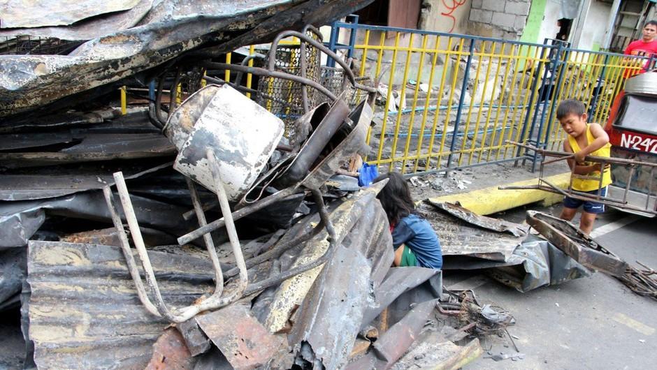 Osrednji del Filipinov stresel močan potres, poročajo o žrtvah (foto: Profimedia)