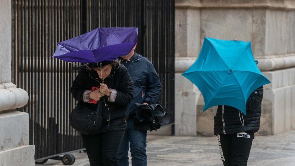 Po lepem vremenu prihaja deževen torek in občutne ohladitve (foto: Profimedia)