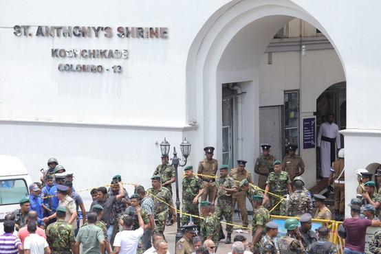 Število žrtev napadov na Šrilanki naraslo na najmanj 290