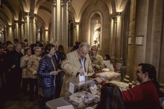 Volitve v Španiji: Po neuradnih rezultatih so največ glasov dobili vladajoči socialisti