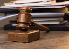 Vrhovno sodišče v primeru spolnega napada na žensko, ki je spala, pritrdilo višjemu sodišču