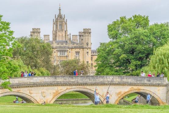Na Cambridgeu preiskujejo povezave univerze s suženjstvom
