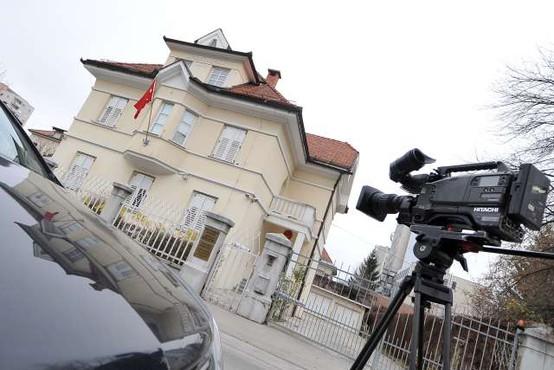 Turški diplomati naj bi vohunili za Erdoganovimi kritiki v Sloveniji