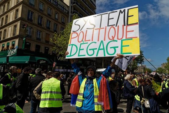 V Parizu ob prvomajskem shodu izbruhnili izgredi