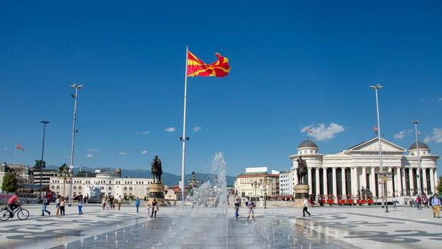 Volitve v Severni Makedoniji so kljub skromni udeležbi veljavne, zmaga Pendarovskemu (foto: profimedia)
