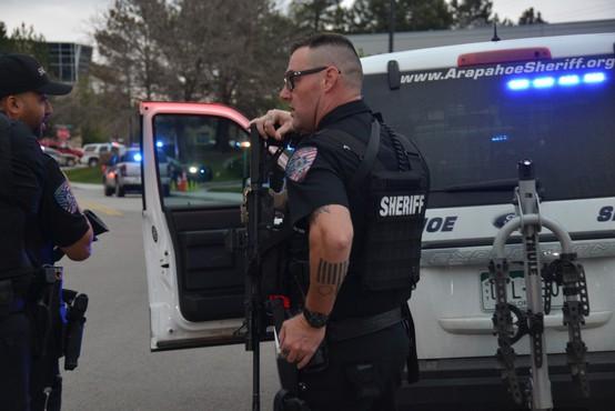 Število smrtnih žrtev strelskega pokola v Kanadi narašča