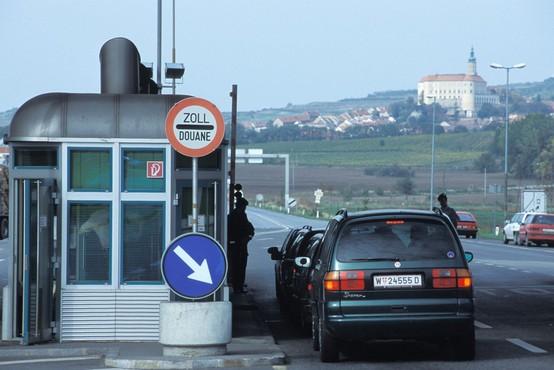 Danes je šest držav, vključno z Avstrijo, podaljšalo nadzor na notranjih mejah EU