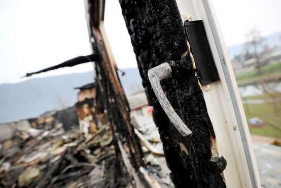 Požar v Črešnjicah nad Pijavškim terjal eno smrtno žrtev