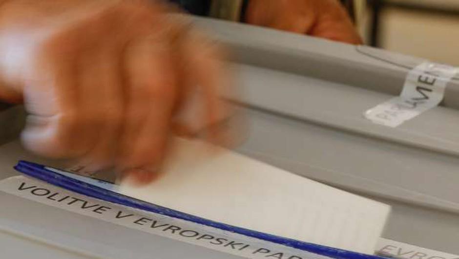 Izidom nedeljskega glasovanja bodo prišteli še glasove po pošti (foto: Stanko Gruden/STA)