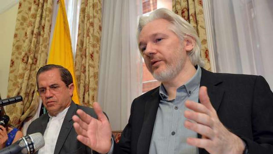 Preložili zaslišanje Assangea zaradi njegovega slabega zdravstvenega stanja (foto: Xinhua/STA)