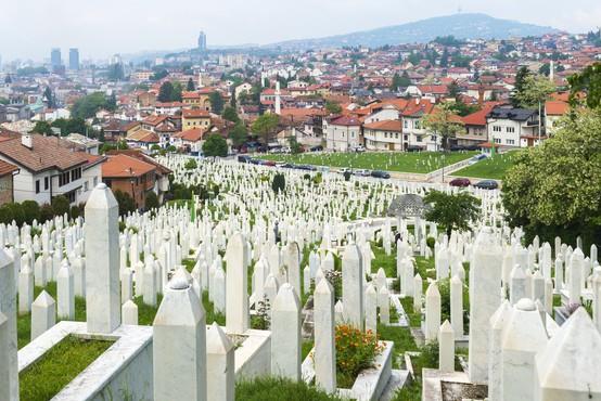 V bližini Sarajeva so odkrili novo množično grobišče