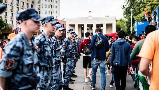 Med protestom v Moskvi aretiran opozicijski voditelj Navalni (foto: profimedia)