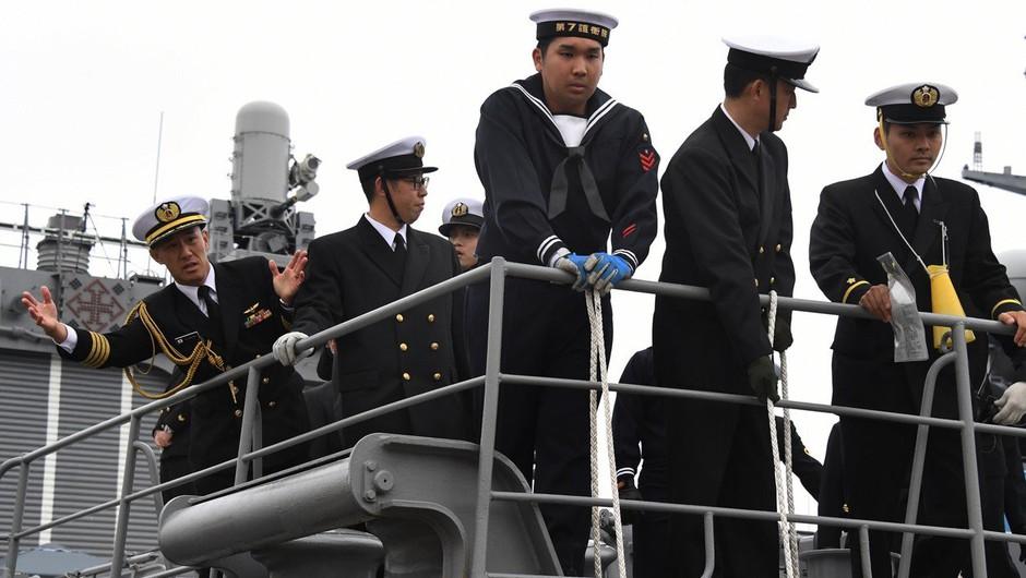 Posadka napadenega tankerja videla leteči predmet (foto: profimedia)