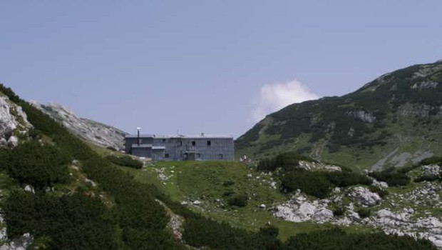 Za enega od štirih planincev se je nočni vzpon na Korošico tragično končal (foto: STA/Aljoša Rehar)