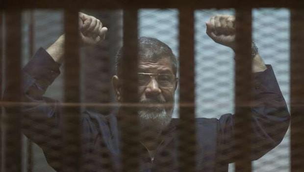 Nekdanjega egiptovskega predsednika Mursija pokopali v Kairu (foto: Profimedia)