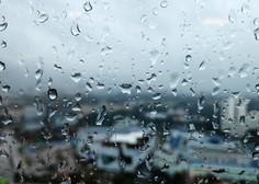 Meteorologi in geologi ob močnih nalivih po vsej državi opozarjajo na nevarnost