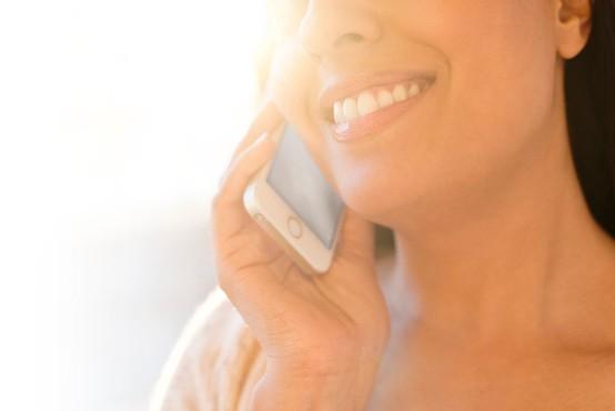 NLB opozarja: Ne nasedajte goljufom in ne posredujte osebnih podatkov po telefonu