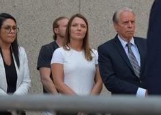 Na dan prihaja, da je v škandal Epstein in zlorabo mladoletnic vpletenih več znanih imen