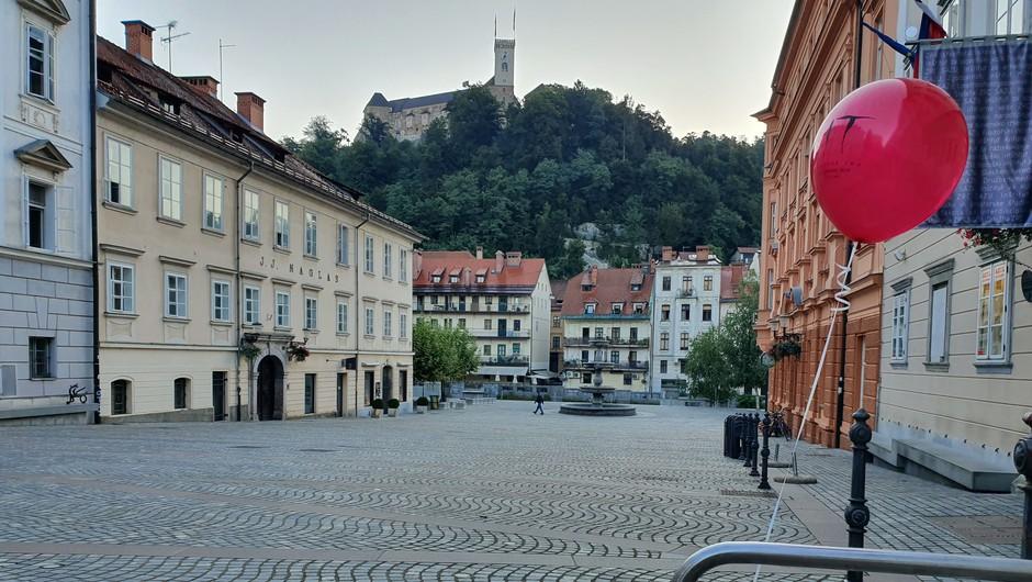 S četrtkom odprava splošne omejitve gibanja na občine (foto: Blitz Slovenija)