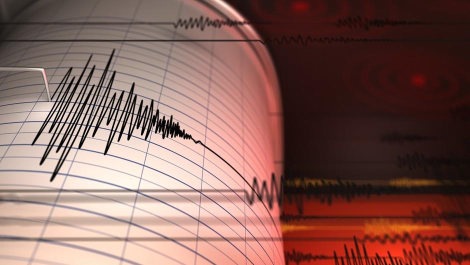 Domnevna eksplozija sprožila potres na meji med Kitajsko in Severno Korejo (foto: Shutterstock)