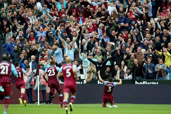 Angleškemu navijaču zaradi rasizma doživljenjsko prepovedal vstop na stadion