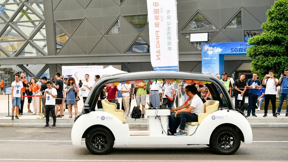 Okoljevarstveniki opozarjajo na škodljive učinke samovozečih avtomobilov (foto: profimedia)