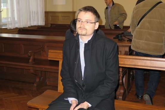 ZDA zahtevajo 50 let zaporne kazni za slovenskega programerja Škorjanca