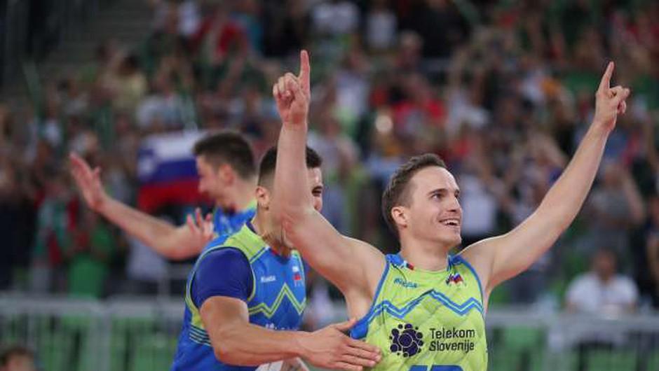 V najboljši sedmerici minulega evropskega prvenstva v odbojki dva Slovenca (foto: STA/Anže Malovrh)