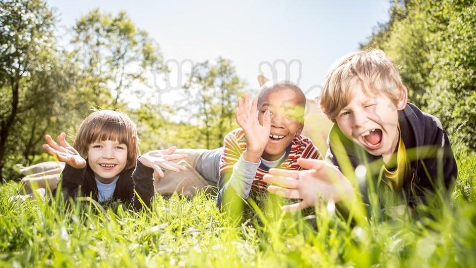 Otrokove pravice so pri nas zakonsko dobro urejene, zatika pa se v praksi (foto: profimedia)