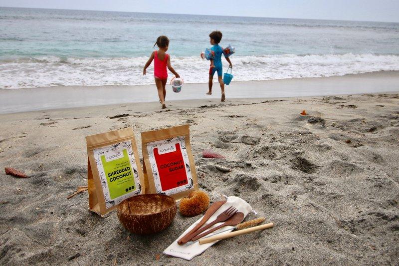 Projekt Coconesia in posvajanje palm.