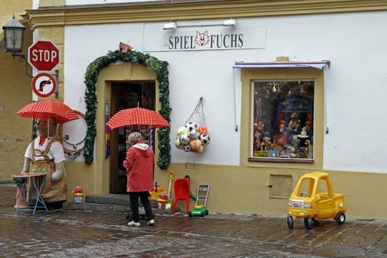 Med žrtvami tragedije tudi hokejski vratar orlov iz Kitzbühla
