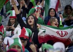 Iran je po pritisku Fife dovolil ženskam ogled nogometne tekme