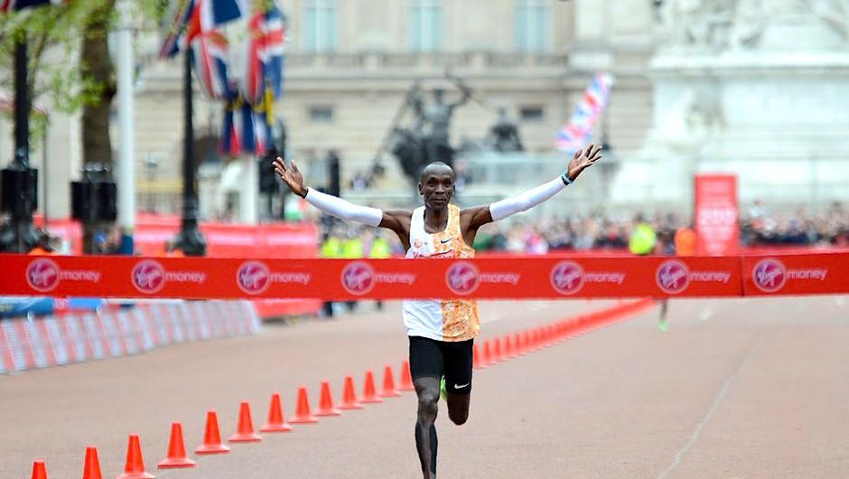 Eliud Kipchoge - prvi Zemljan, ki je pretekel maraton v manj kot dveh urah! (foto: Profimedia)