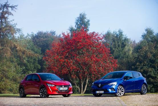 Primerjamo dva med Slovenci izjemno priljubljena: Renault Clio in Peugeot 208